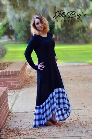 Mommy Hi/Low Maxi with Plaid trim