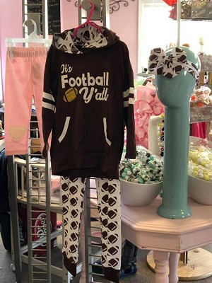 Foot Ball outfit wall deal